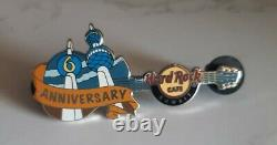 HARD ROCK CAFE KUWAIT PIN 6th Anniversary Guitar RARE CLOSED LOCATION LE100