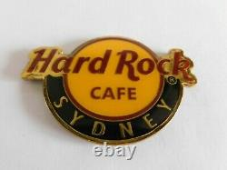 Hard Rock Cafe Classic Round City Logo Magnet (not bottle opener) SYDNEY