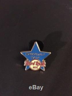 Hard Rock Cafe HONOLULU 2010 Blue Star Training STAFF PIN Trainer Opening 2010