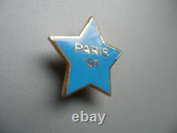 Hard Rock Cafe PARIS 1991 Grand Opening Training Star STAFF Member Pin
