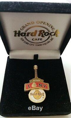 Hard rock cafe grand opening Nyc Times Square staff pins Very Rare