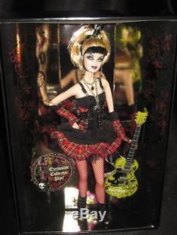2008 Hard Rock Cafe Poupée Barbie Gothique / Broche Collecteur Hrc Dorée L9663 Nrfb