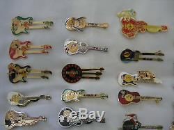 38x Épingles À Collectionner Du Monde De La Guitare Café Hard Rock Avec Vitrine En Verre En Bois Lot