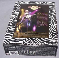 Barbie Hard Rock Cafe 2004 Mattel G7915 Pin's Guitare Rose Poupée Nrfb Zebre