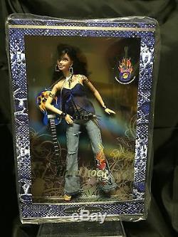 Barbie Hard Rock Cafe 2005 Avec Épingle J0963