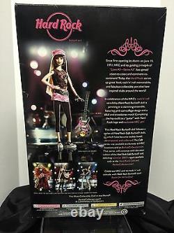 Barbie Hard Rock Cafe 2006 W Pin Pink Label L4175