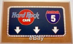 Hard Rock Cafe Californie 1999 Interstate 5 Encadré 7 Guitare Pins Coa # 2130 I-5