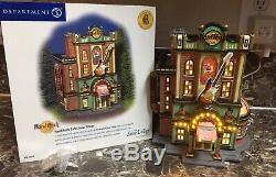 Hard Rock Cafe Département Des Villages De Neige 56 # 56.55324 Avec Épingle De Collecte Utilisée