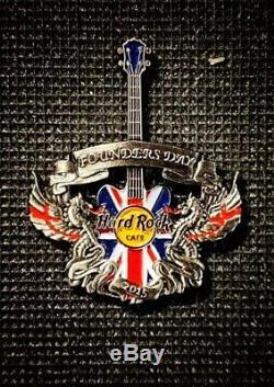 Hard Rock Cafe London Pin Guita