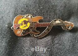 Hard Rock Cafe Pin Stevie Ray Vaughan Mort Rocker Guitare Série Rare Hard To Fin
