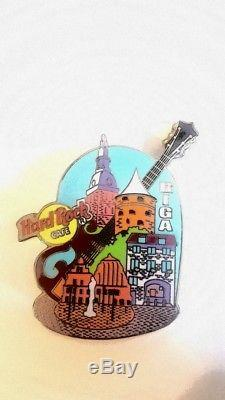Hard Rock Cafe Riga Lettonie Ville Pin Guitare Closed