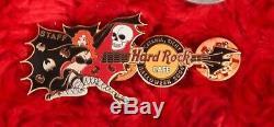 Hard Rock Cafe Staff Pin Catane Sicile Halloween Vampire Le75 Bat Bondage Skull