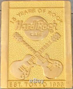 Hard Rock Cafe Tokyo 1998 15ème Anniversaire Du Personnel Pin Personnel Rare Le 100 Hrc # 10181