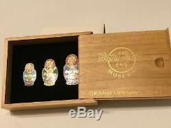 Moscou Hard Rock Cafe 2003 Grand Opening Pin Set