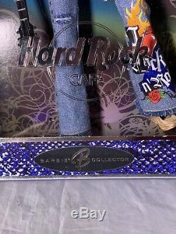 Rare 2005 Hard Rock Café Barbie Doll Nrfb # J0963 Brunette Tatouages withguitar & Pin