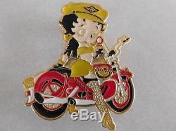 Rare Vintage Hard Rock Café Betty Boop Sur Moto Grand Pin Émaillé Ex Cond