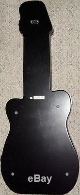 Vitrine D'affichage Pin En Forme De Guitare Noire 31t X 12.5w Cool Hard Rock Cafe